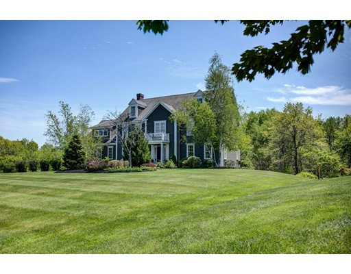 Single Family Home for Sale at 8 Cortland Lane West Newbury, Massachusetts 01985 United States