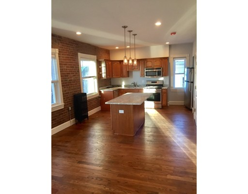Additional photo for property listing at 493 Broadway  Somerville, Massachusetts 02145 United States