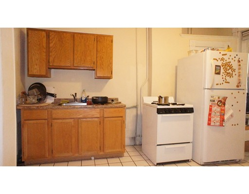 Additional photo for property listing at 13 Perry Street  Brookline, Massachusetts 02445 Estados Unidos