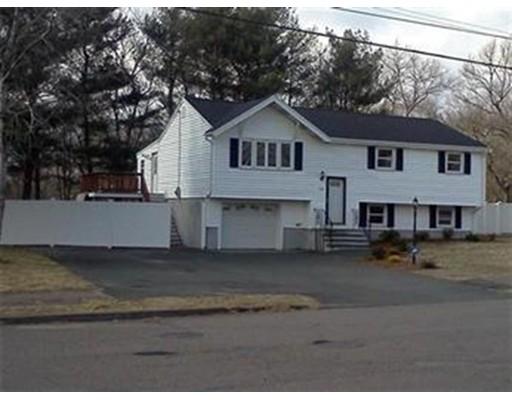 独户住宅 为 销售 在 250 Cross Street 斯托顿, 02072 美国