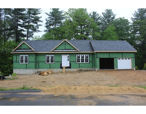 Single Family Home for Sale at 42 Nelson Way Barre, Massachusetts 01005 United States