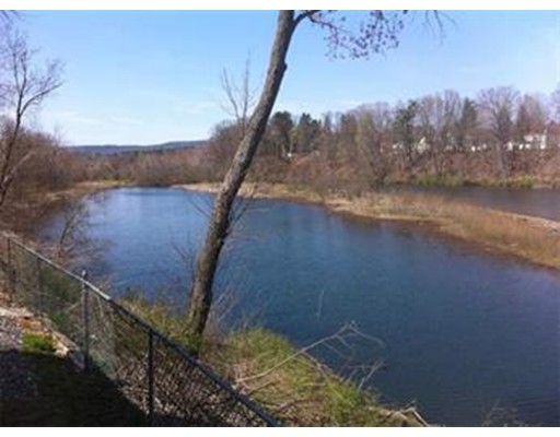 15 City View Road, Westfield, MA 01085