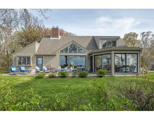 واحد منزل الأسرة للـ Sale في 94 Upland Circle Brewster, Massachusetts 02631 United States
