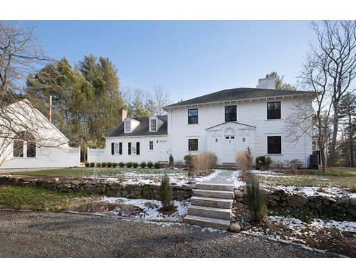 Single Family Home for Sale at 44 Saddle Hill Road Weston, Massachusetts 02493 United States