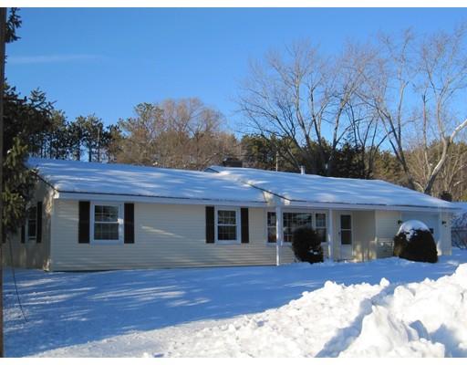 Single Family Home for Sale at 16 Cornell Road Framingham, Massachusetts 01701 United States