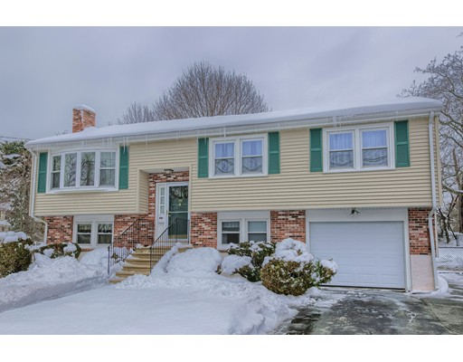 153 Goodale St Peabody Ma has Garage Spaces 1