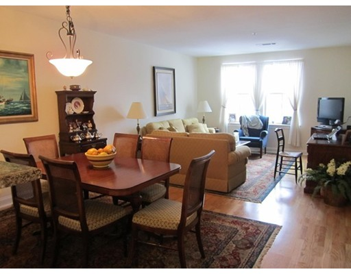 Частный односемейный дом для того Аренда на 3 Harvest Drive North Andover, Массачусетс 01845 Соединенные Штаты