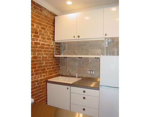 Additional photo for property listing at 6 North Hudson Street  Boston, Massachusetts 02113 United States