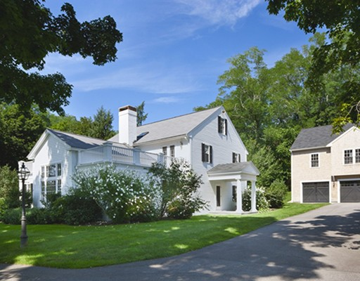 1048R Great Pond Road, North Andover, MA 01845