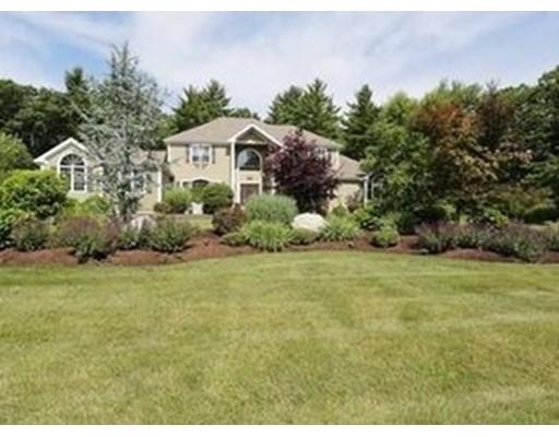 独户住宅 为 销售 在 19 Crosswoods Path 沃波尔, 马萨诸塞州 02081 美国