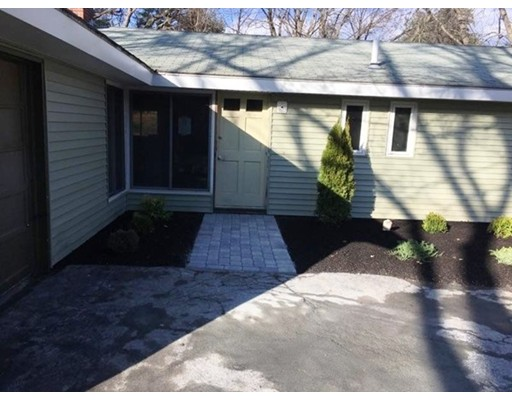 Single Family Home for Sale at 51 Griffin Road Framingham, Massachusetts 01701 United States