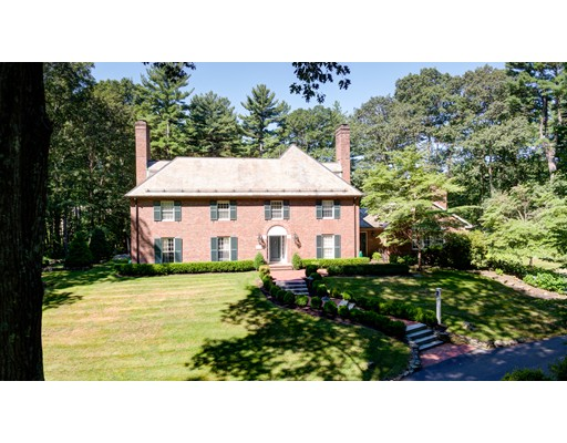 Single Family Home for Sale at 86 Concord Road Weston, Massachusetts 02493 United States