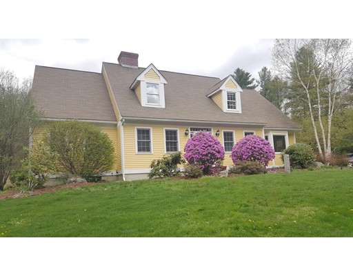 Single Family Home for Sale at 7 Windsor Road Bow, New Hampshire 03304 United States