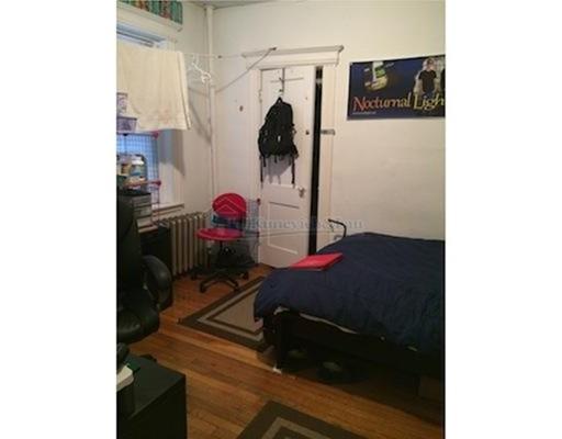 独户住宅 为 出租 在 1111 Boylston Street 波士顿, 马萨诸塞州 02215 美国