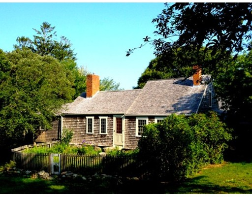Single Family Home for Sale at 54 Mayhew Norton Road West Tisbury, Massachusetts 02575 United States