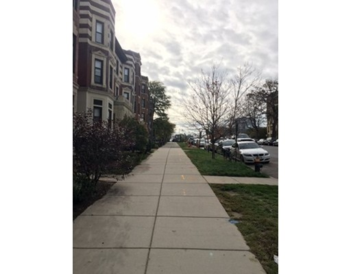 Additional photo for property listing at 461 Park Drive  Boston, Massachusetts 02215 Estados Unidos