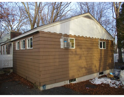 Single Family Home for Sale at 21 Worthington Avenue Shrewsbury, Massachusetts 01545 United States