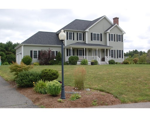 Casa Unifamiliar por un Venta en 12 Harvest Lane Berkley, Massachusetts 02779 Estados Unidos