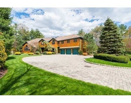 Single Family Home for Sale at 94 Topsfield Road Boxford, Massachusetts 01921 United States