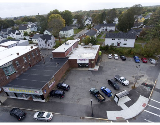 Commercial pour l Vente à Street Street Taunton, Massachusetts 02780 États-Unis