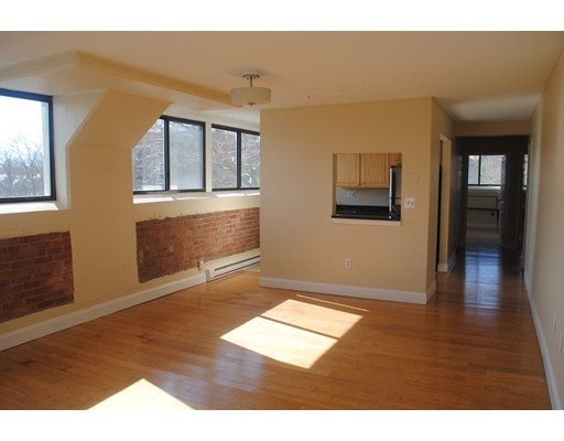 Additional photo for property listing at 26 South Water  New Bedford, 马萨诸塞州 02740 美国