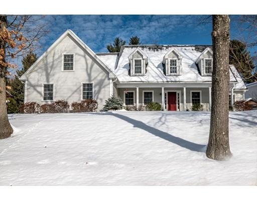 独户住宅 为 销售 在 5 Monadnock Street Nashua, 新罕布什尔州 03064 美国