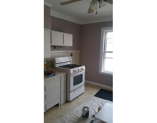 独户住宅 为 出租 在 4 GROVE STREET 梅尔罗斯, 02176 美国