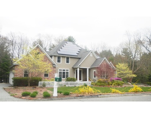 独户住宅 为 销售 在 53 Old Farm Road East Longmeadow, 01028 美国