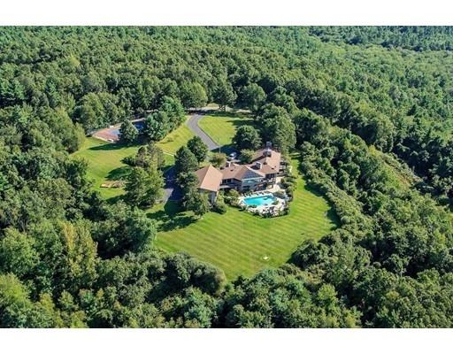 Single Family Home for Sale at 310 Flagg Hill Road on Windermere Boxborough, Massachusetts 01719 United States
