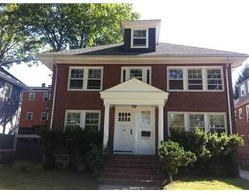 Casa Unifamiliar por un Alquiler en 170 Arborway Boston, Massachusetts 02130 Estados Unidos