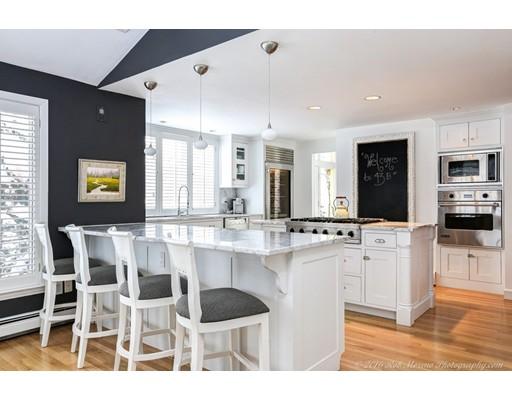 Casa Unifamiliar por un Venta en 43 Batchelder Boxford, Massachusetts 01921 Estados Unidos