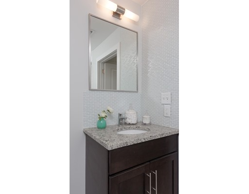 Additional photo for property listing at 1501 Commonwealth Avenue  Boston, Massachusetts 02135 Estados Unidos