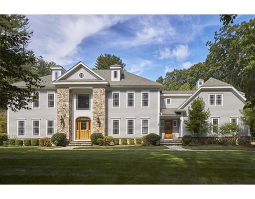 Maison unifamiliale pour l Vente à 28 Glezen Lane Wayland, Massachusetts 01778 États-Unis