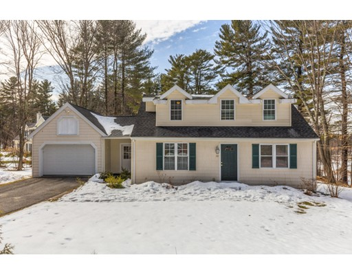 32 Randall Rd, Stow, MA 01775