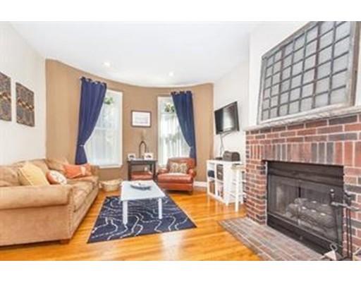 独户住宅 为 出租 在 103 E Brookline Street 波士顿, 马萨诸塞州 02118 美国