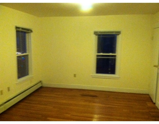 Single Family Home for Rent at 35 Inman Cambridge, Massachusetts 02139 United States