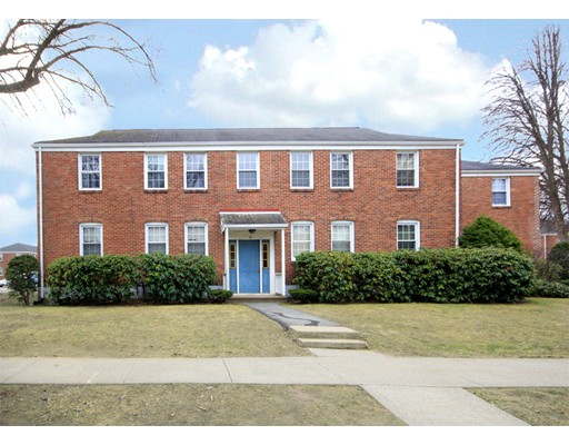 Additional photo for property listing at 71 Colony  West Springfield, Massachusetts 01089 Estados Unidos