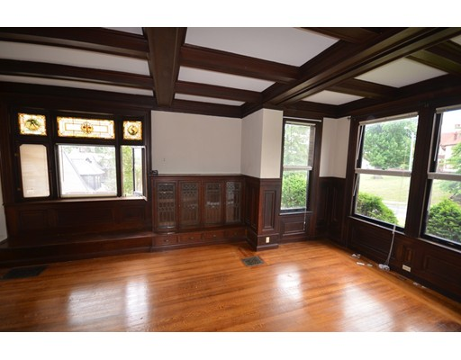 Additional photo for property listing at 238 Maple St Studio  Springfield, 马萨诸塞州 01105 美国