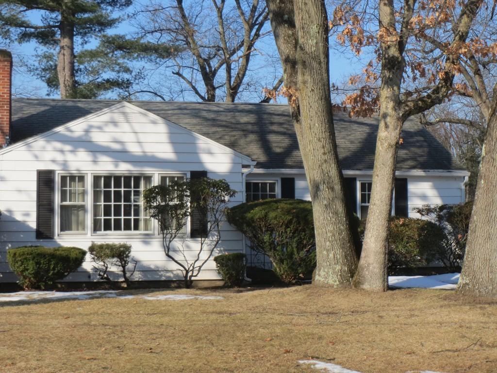 76 Winding Ln, Springfield, MA - USA (photo 1)