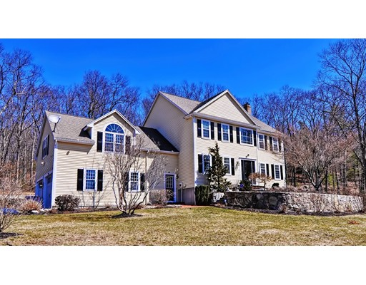 Single Family Home for Sale at 25 Grant Avenue Wrentham, 02093 United States