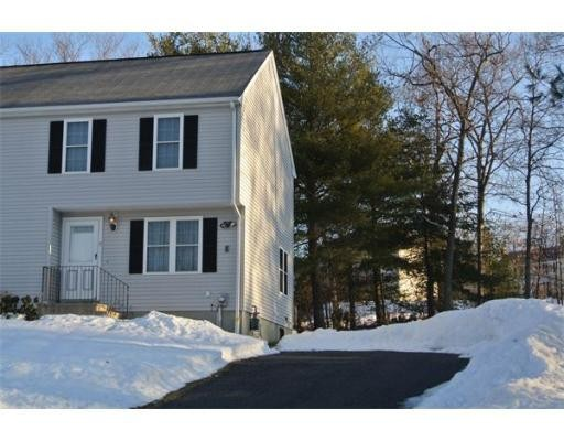 9 Forest Way 9, Plainville, MA 02762