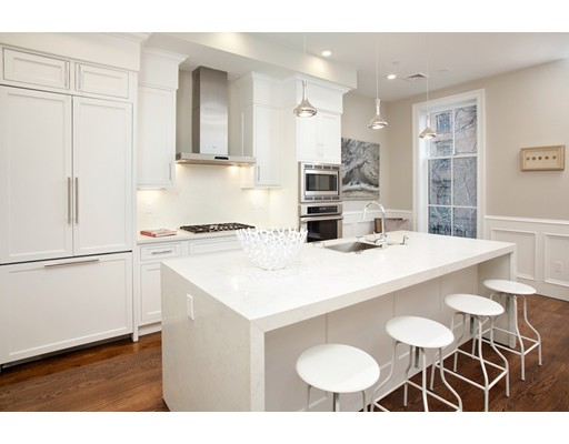 Condominio por un Venta en 73 Mt Vernon Boston, Massachusetts 02108 Estados Unidos