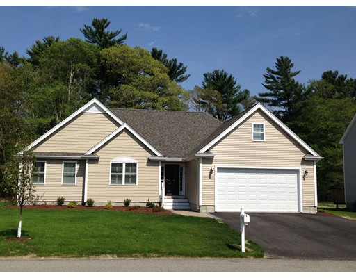 独户住宅 为 销售 在 17 Hillcrest Cir(130 Tiffany Rd) 17 Hillcrest Cir(130 Tiffany Rd) Norwell, 马萨诸塞州 02061 美国