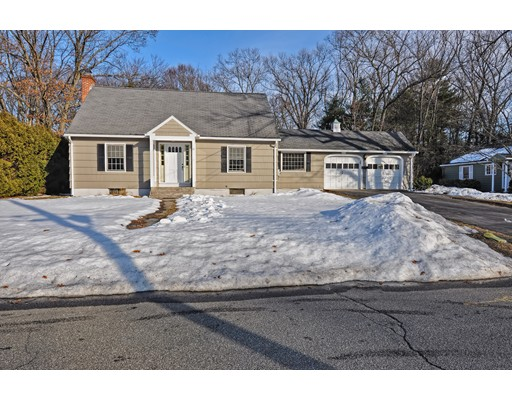 Casa Unifamiliar por un Venta en 51 Fenwood Road Longmeadow, Massachusetts 01106 Estados Unidos