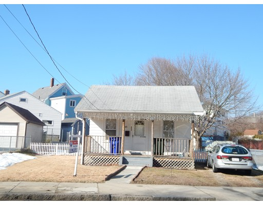 Additional photo for property listing at 1445 County Street  Fall River, 马萨诸塞州 02723 美国
