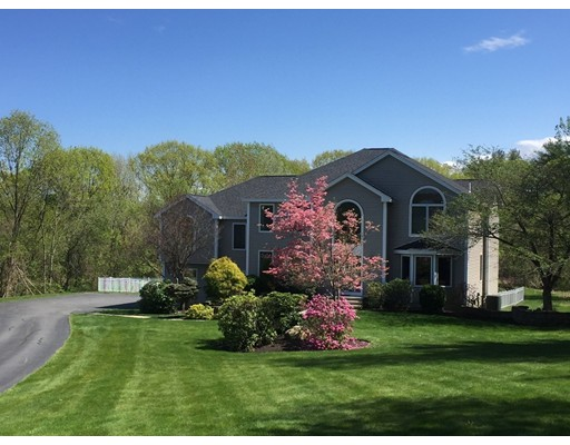 Single Family Home for Sale at 9 Castle Road Westford, 01886 United States