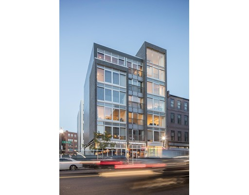 Additional photo for property listing at 26 West Broadway  Boston, Massachusetts 02127 United States