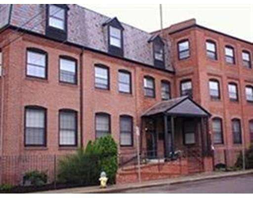 独户住宅 为 出租 在 10 Weston Avenue 昆西, 马萨诸塞州 02170 美国