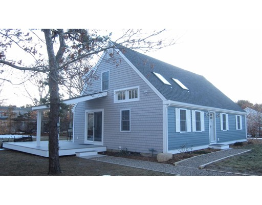 Additional photo for property listing at 100 Church Road  Eastham, Massachusetts 02642 États-Unis