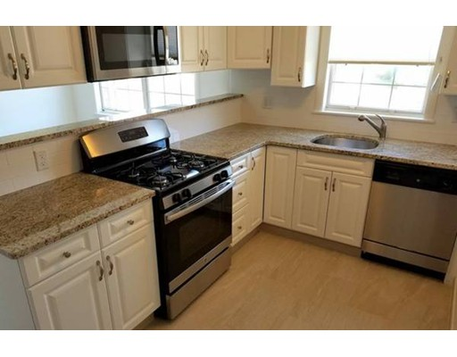 Casa Unifamiliar por un Alquiler en 200 bedford Woburn, Massachusetts 01801 Estados Unidos